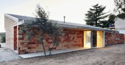 Construction of a house with a low-cost budget in Terrassa
