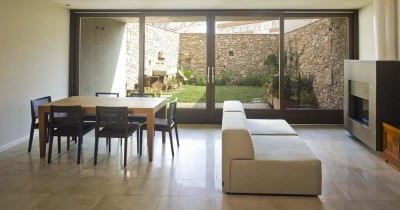 Restoration of a semi detached house in Vendrell (Tarragona)