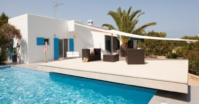 Complete refurbishment of a house in Formentera