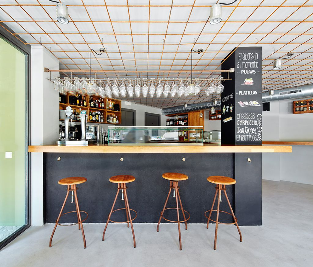 Dise O De Interior De Un Bar En L 39 Eixample Pepe Gascon