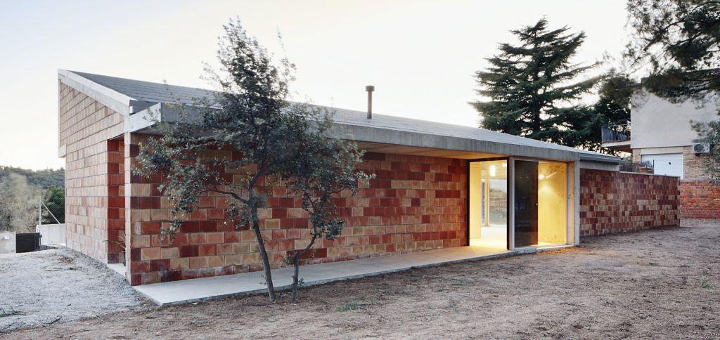 Construcci n de una casa unifamiliar low cost en terrassa - Casas nuevas en terrassa ...