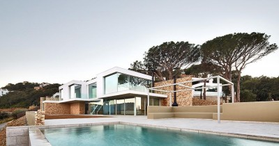 Contemporary house design in Begur